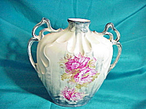 RS PRUSSIA (ES) TWO HANDLED  ORNATE VASE (Image1)