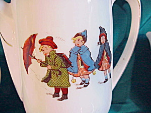 UNMARKED GERMAN CHILD'S TEA SET (FIGURAL) (Image1)