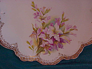 RS PRUSSIA (RM) O.H. SCALLOPED PLATE W/LILIES (Image1)