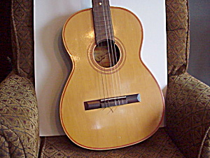 1965 Giannini model 6 (serial #NO74712)Guitar (Image1)