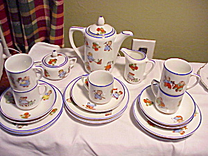 HAPPYFATS LUNCHEON SET (Image1)