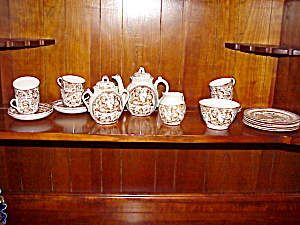 STAFFORDSHIRE  CHILD PUNCH/JUDY TEASET (Image1)