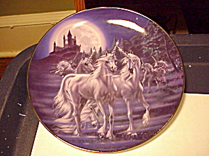 GATHERING OF THE UNICORNS PLATE LTD.ED. (Image1)