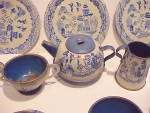 Click to view larger image of Blue Willow Tin Toy Tea Set (Image2)