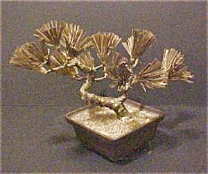 Bonsai Sculpture (Image1)