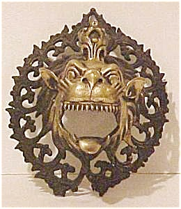 NEPAL TEMPLE DRAGON/LION?  CANDLE HOLDER (Image1)