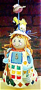 Vintage Kitsch  Folk Art Lady (Image1)