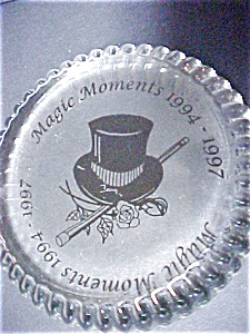 Glass Paperweight Souvenir With Top Hat/Cane (Image1)