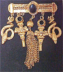 Unusual Gold Toned Brooch (Image1)