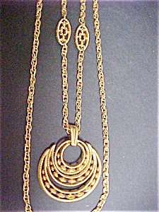 Trifari Goldtone Pendant Necklace (Image1)