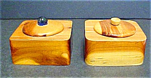 Two Wooden Dresser Boxes - Vintage (Image1)