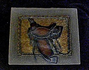 Western Accessory Saddle Decorated Box (Image1)