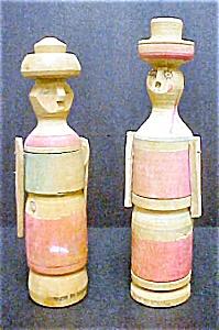 2 Bolivian Wooden Folk Art Souvenir Figures (Image1)