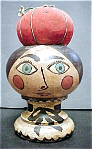 Vintage Wooden Head with Pincushion (Image1)