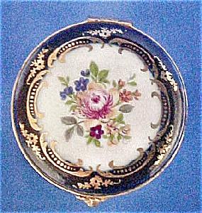 Limoges Castel Porcelain Box (Image1)
