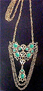 Vintage Green Stone Pendant Necklace (Image1)