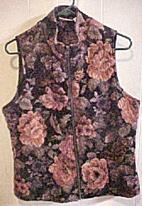 Tapestry Style Vest - White Stag (Image1)