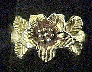 Gold-tone Flower Ring (Image1)