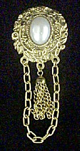 Faux Pearl w/Dangle Chains - Victorian Style (Image1)