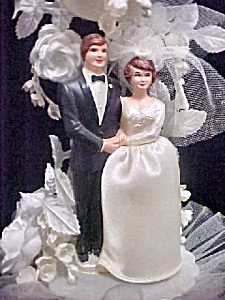 Vintage Wedding Cake Topper - Traditional (Image1)