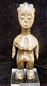 Carved Wooden Ewe Ibeji Figure (Image1)