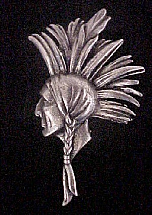 Indian Brave w/Headdress Pin (Image1)
