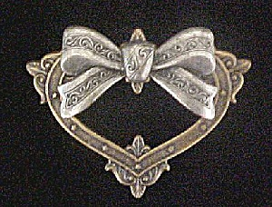 Victorian Style Heart Shaped Pin W/bow