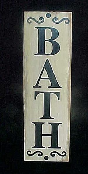 Wooden Bath Sign - Wall Decor (Image1)
