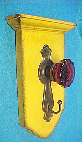 Door Knob Hook - Yellow - Wall Decor (Image1)