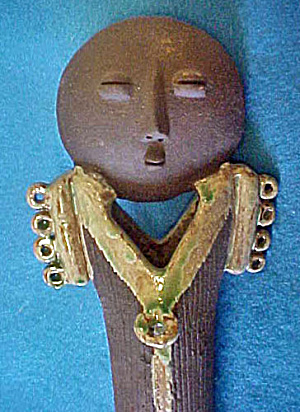African Style Pottery Figure Vase (Image1)