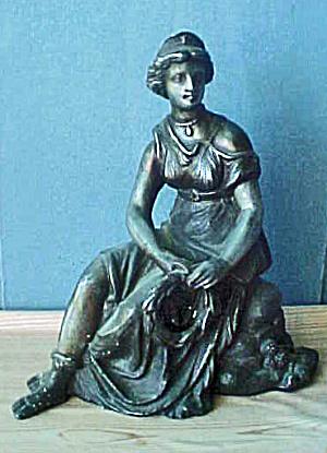 Woman Garniture - 20th Century (Image1)