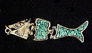 Gold-Toned Jointed Fish Pendant (Image1)