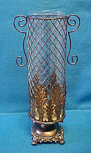Fancy Metal/Glass Candle Holder (Image1)