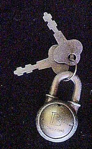 Small Metal Padlock w/2 Keys - 20thc (Image1)