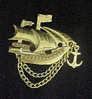 Vintage Ship Pin (Image1)