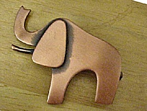 Vintage Copper Toned Elephant Pin
