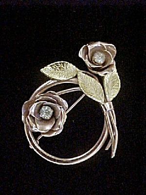 Coro Gold Toned Roses Pin w/Rhinestones (Image1)