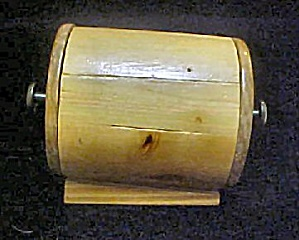 Unusual Round Wooden Box (Image1)