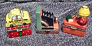 Three Tiny Figural  Boxes (Image1)