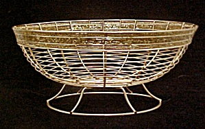 Iron Wire Footed Basket W/brass Finish