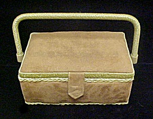 Sewing Box W/lift Out Tray