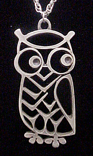 Metal Owl Pendant on Chain (Image1)