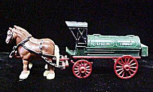 Metal Horses Pulling Wagon (Image1)