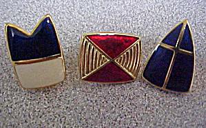 Set of Three Trifari Pins (Image1)