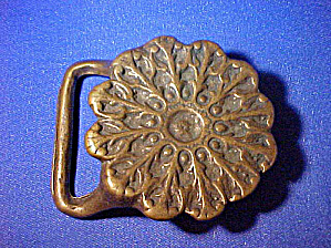 Vintage Chrysanthemum Brass Belt Buckle (Image1)