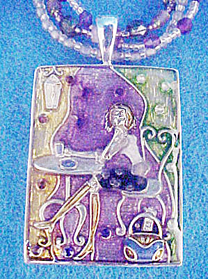 Cafe Girl Enameled Necklace (Image1)