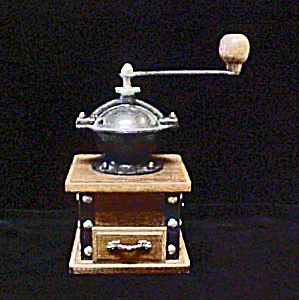 Coffee Grinder - Wood/Cast Iron (Image1)
