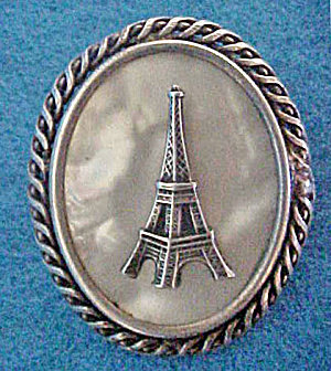 Eiffel Tower Silver Pin -vintage