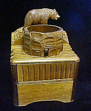 Wooden Cigarette/Music Box w/Bear (Image1)