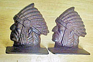 Indian Head Bookends - Cast Iron (Image1)